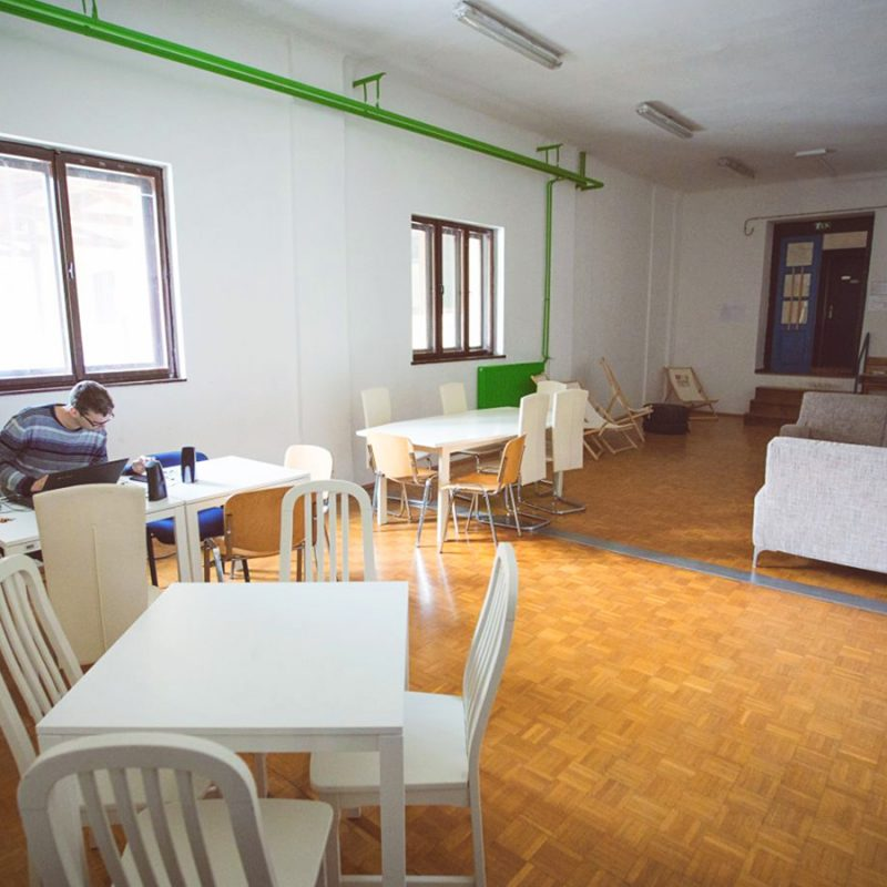 gal_hostel5